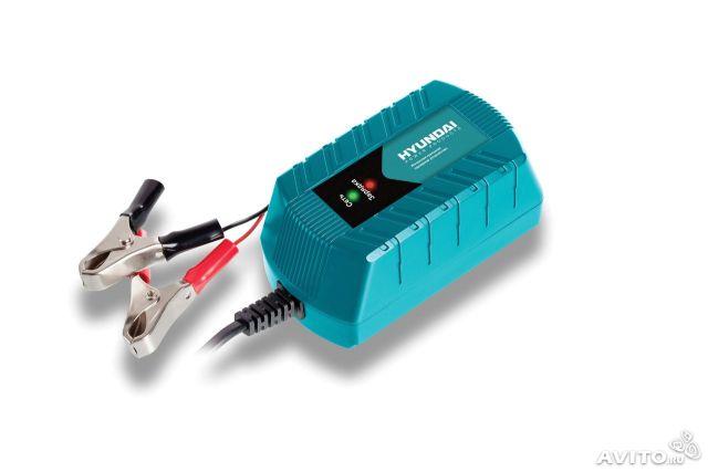 Зарядное устройство HYUNDAI HY200